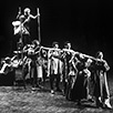 The Caucasian Chalk Circle ©Simon Annand